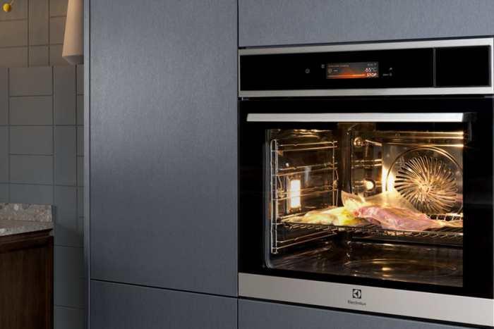 Wybieramy piekarnik elektryczny. Jakie funkcje pozwolą przyrządzić jeszcze lepsze dania?