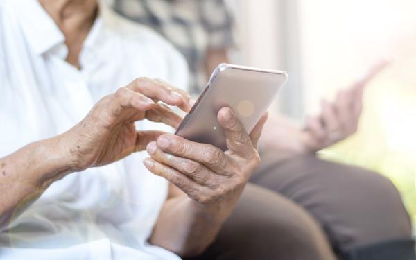 Dodatkowy kanał rejestracji na szczepienie dla seniorów 70 plus